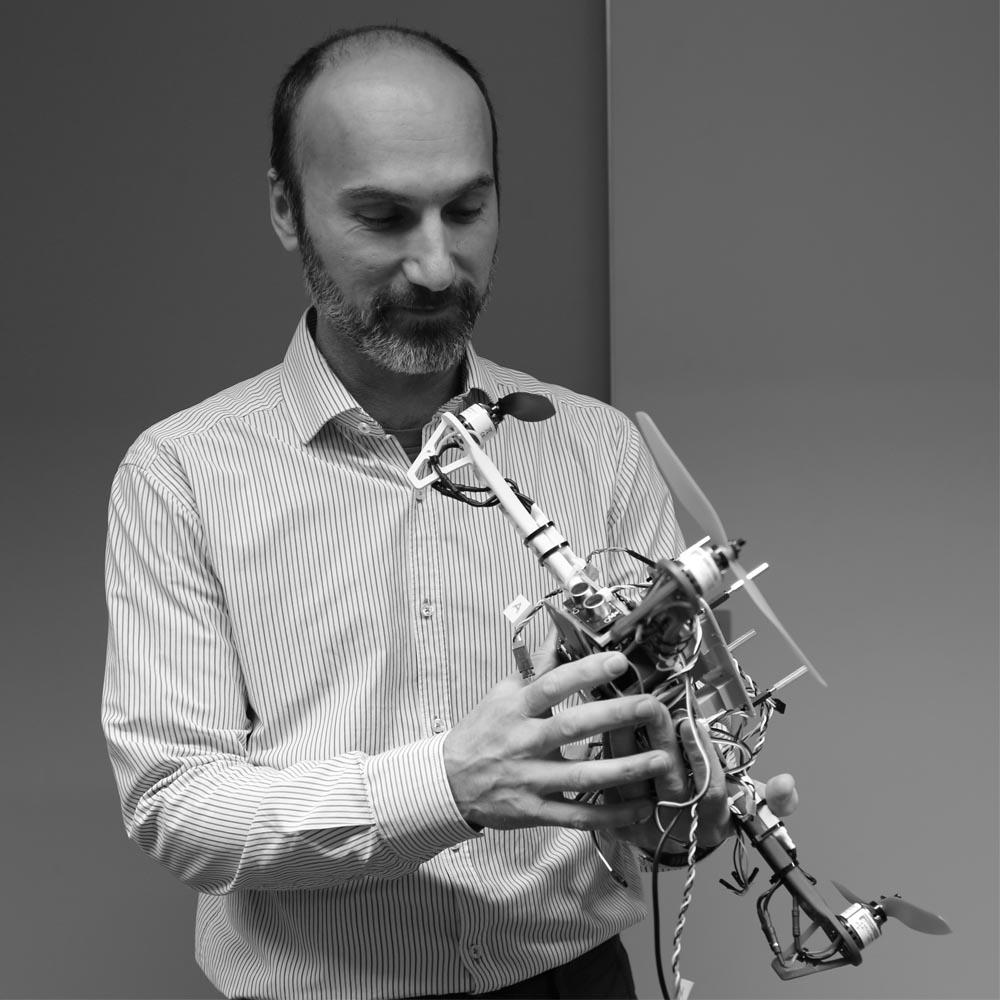 Dr. Siamak Tavakoli